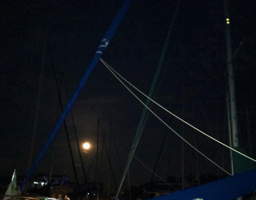 2016-9-15-sailboat-moon