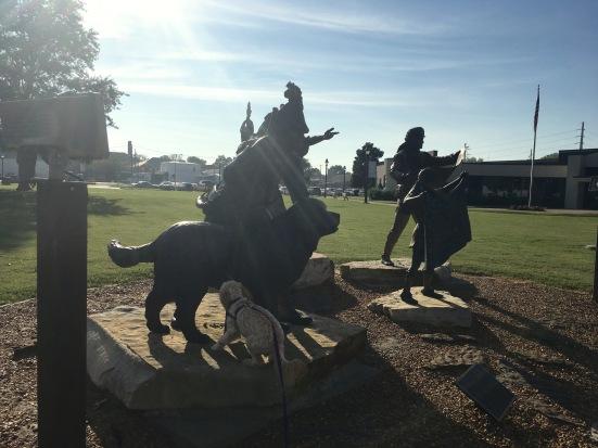 2016-9-21-paducah-statue