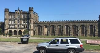 2016-9-4-tom-prison