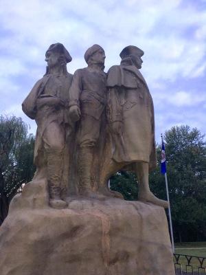2016-9-6-statue