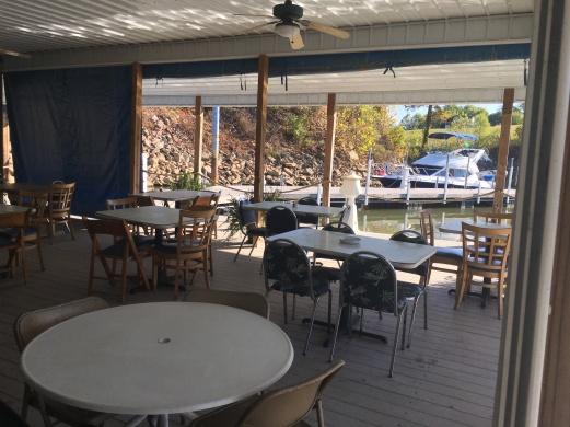 2016-10-17-marina-cafe