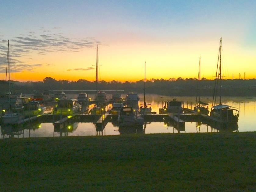 2016-11-1-marina-sunrise