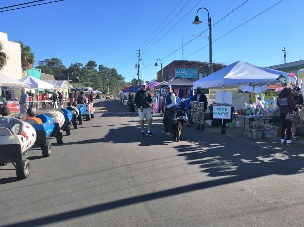 2016-12-10-street-fair