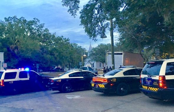 2016-12-8-cops