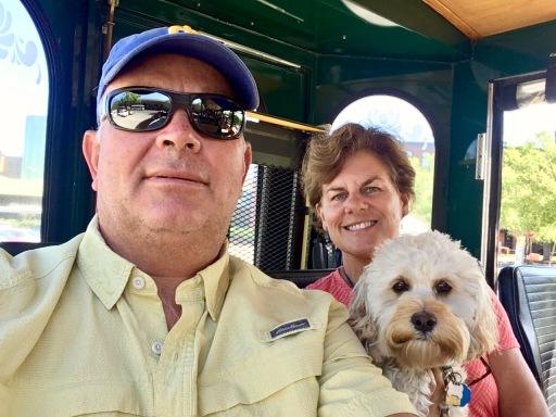 2017-4-22 selfie on off bus