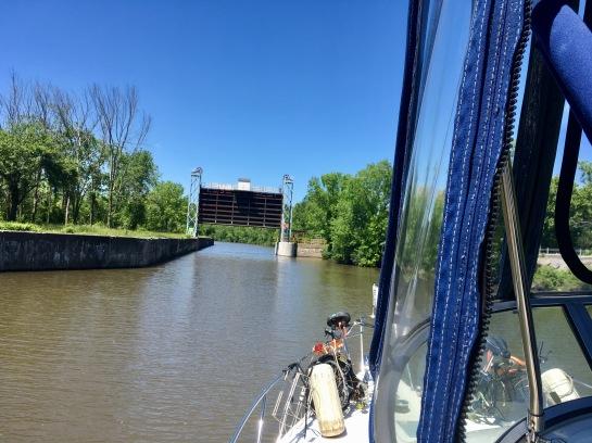 2017-6-9 dam champlain canal