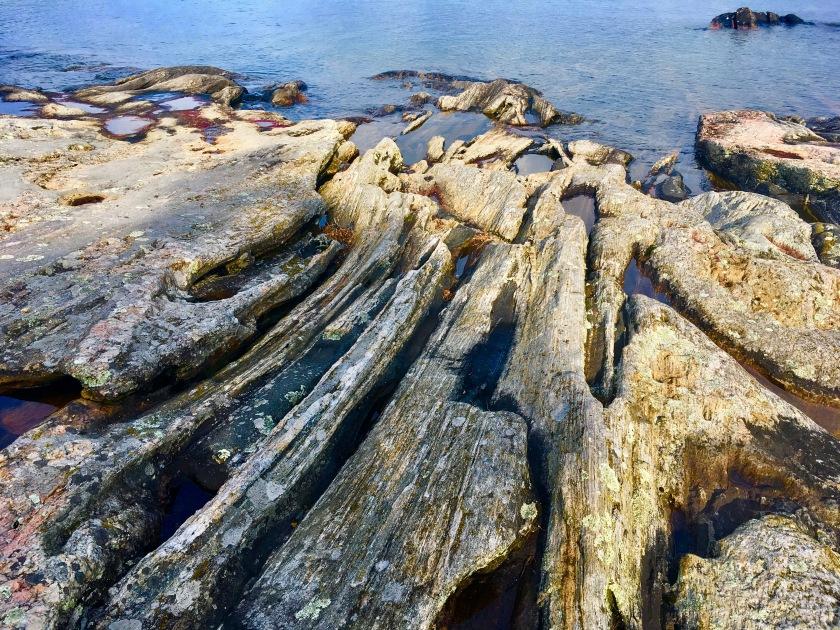 2017-8-15 wreck i molten rock hardened
